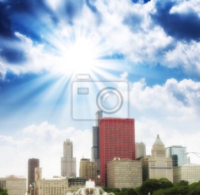 Постер Чикаго Чикаго, Штат Иллинойс. Замечательные цвета неба над городом небоскребовЧикаго<br>Постер на холсте или бумаге. Любого нужного вам размера. В раме или без. Подвес в комплекте. Трехслойная надежная упаковка. Доставим в любую точку России. Вам осталось только повесить картину на стену!<br>
