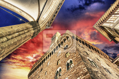 Постер Тоскана Палаццо Веккио и площади Синьории во Флоренции. КрасивыеТоскана<br>Постер на холсте или бумаге. Любого нужного вам размера. В раме или без. Подвес в комплекте. Трехслойная надежная упаковка. Доставим в любую точку России. Вам осталось только повесить картину на стену!<br>