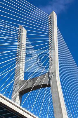 Постер Лиссабон Современный мост фрагментЛиссабон<br>Постер на холсте или бумаге. Любого нужного вам размера. В раме или без. Подвес в комплекте. Трехслойная надежная упаковка. Доставим в любую точку России. Вам осталось только повесить картину на стену!<br>
