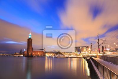 Постер Стокгольм Стокгольмская Ратуша ШвецииСтокгольм<br>Постер на холсте или бумаге. Любого нужного вам размера. В раме или без. Подвес в комплекте. Трехслойная надежная упаковка. Доставим в любую точку России. Вам осталось только повесить картину на стену!<br>
