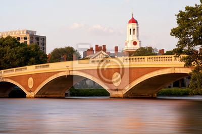 Постер Бостон ГарвардБостон<br>Постер на холсте или бумаге. Любого нужного вам размера. В раме или без. Подвес в комплекте. Трехслойная надежная упаковка. Доставим в любую точку России. Вам осталось только повесить картину на стену!<br>