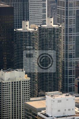 Постер Чикаго Башни-близнецы, или Marina towers в ЧикагоЧикаго<br>Постер на холсте или бумаге. Любого нужного вам размера. В раме или без. Подвес в комплекте. Трехслойная надежная упаковка. Доставим в любую точку России. Вам осталось только повесить картину на стену!<br>
