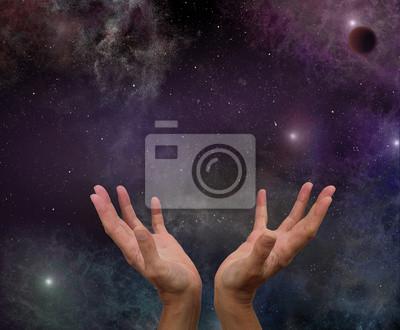 Постер Космос - разные постеры Космический ИсцеленияКосмос - разные постеры<br>Постер на холсте или бумаге. Любого нужного вам размера. В раме или без. Подвес в комплекте. Трехслойная надежная упаковка. Доставим в любую точку России. Вам осталось только повесить картину на стену!<br>