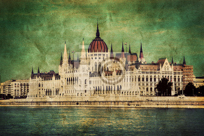 Постер Будапешт Парламент Венгрии в Будапеште, Венгрия. РетроБудапешт<br>Постер на холсте или бумаге. Любого нужного вам размера. В раме или без. Подвес в комплекте. Трехслойная надежная упаковка. Доставим в любую точку России. Вам осталось только повесить картину на стену!<br>