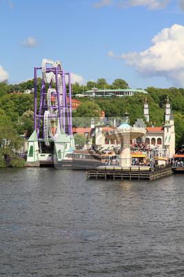 Постер Стокгольм Amusement park в Стокгольме, ШвецияСтокгольм<br>Постер на холсте или бумаге. Любого нужного вам размера. В раме или без. Подвес в комплекте. Трехслойная надежная упаковка. Доставим в любую точку России. Вам осталось только повесить картину на стену!<br>