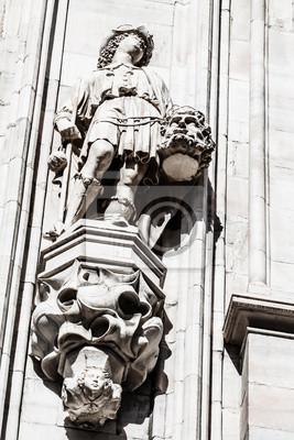 Постер Города и карты Миланский собор-готический собор в Милане,Италия, 20x30 см, на бумагеМилан<br>Постер на холсте или бумаге. Любого нужного вам размера. В раме или без. Подвес в комплекте. Трехслойная надежная упаковка. Доставим в любую точку России. Вам осталось только повесить картину на стену!<br>