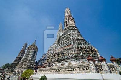 Постер Бангкок Arun templeБангкок<br>Постер на холсте или бумаге. Любого нужного вам размера. В раме или без. Подвес в комплекте. Трехслойная надежная упаковка. Доставим в любую точку России. Вам осталось только повесить картину на стену!<br>