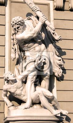 Постер Вена Статуя Геркулеса в Венском дворце Хофбург,Вена, АвстрияВена<br>Постер на холсте или бумаге. Любого нужного вам размера. В раме или без. Подвес в комплекте. Трехслойная надежная упаковка. Доставим в любую точку России. Вам осталось только повесить картину на стену!<br>