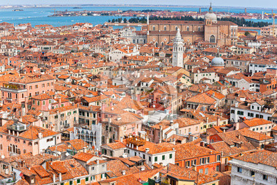 Постер Венеция Венеция, ИталияВенеция<br>Постер на холсте или бумаге. Любого нужного вам размера. В раме или без. Подвес в комплекте. Трехслойная надежная упаковка. Доставим в любую точку России. Вам осталось только повесить картину на стену!<br>