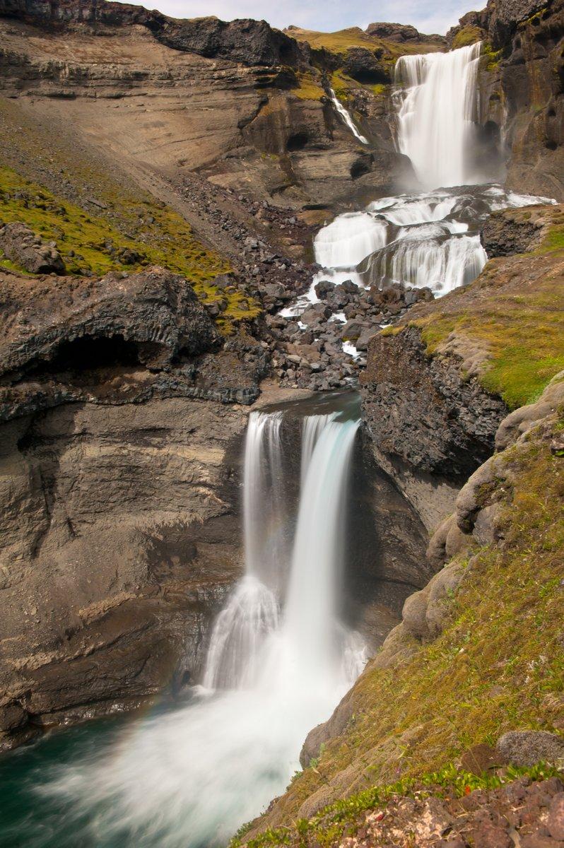 Постер Водопады Исландский водопадВодопады<br>Постер на холсте или бумаге. Любого нужного вам размера. В раме или без. Подвес в комплекте. Трехслойная надежная упаковка. Доставим в любую точку России. Вам осталось только повесить картину на стену!<br>