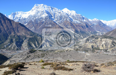 Постер Непал Непал, треккинг. Горный пейзаж в окрестностях села Нгвал.Непал<br>Постер на холсте или бумаге. Любого нужного вам размера. В раме или без. Подвес в комплекте. Трехслойная надежная упаковка. Доставим в любую точку России. Вам осталось только повесить картину на стену!<br>