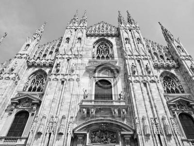Постер Города и карты Duomo, Милан, 27x20 см, на бумагеМилан<br>Постер на холсте или бумаге. Любого нужного вам размера. В раме или без. Подвес в комплекте. Трехслойная надежная упаковка. Доставим в любую точку России. Вам осталось только повесить картину на стену!<br>