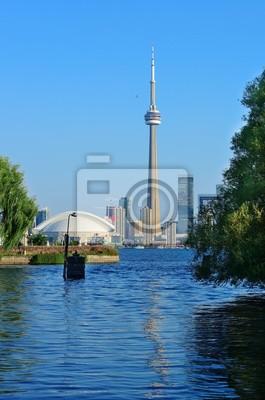 Постер Торонто Торонто skyline от паркаТоронто<br>Постер на холсте или бумаге. Любого нужного вам размера. В раме или без. Подвес в комплекте. Трехслойная надежная упаковка. Доставим в любую точку России. Вам осталось только повесить картину на стену!<br>