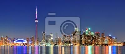 Торонто город, 46x20 см, на бумагеТоронто<br>Постер на холсте или бумаге. Любого нужного вам размера. В раме или без. Подвес в комплекте. Трехслойная надежная упаковка. Доставим в любую точку России. Вам осталось только повесить картину на стену!<br>