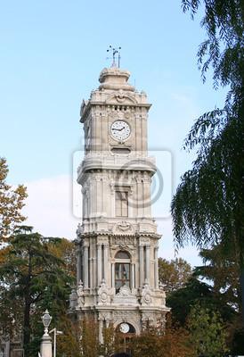 Постер Стамбул Часы Башня, дворец Долмабахче в СтамбулеСтамбул<br>Постер на холсте или бумаге. Любого нужного вам размера. В раме или без. Подвес в комплекте. Трехслойная надежная упаковка. Доставим в любую точку России. Вам осталось только повесить картину на стену!<br>