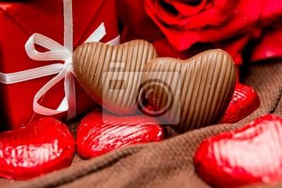 Постер Праздники Постер 48733047, 30x20 см, на бумаге02.14 День Святого Валентина (День всех влюбленных)<br>Постер на холсте или бумаге. Любого нужного вам размера. В раме или без. Подвес в комплекте. Трехслойная надежная упаковка. Доставим в любую точку России. Вам осталось только повесить картину на стену!<br>