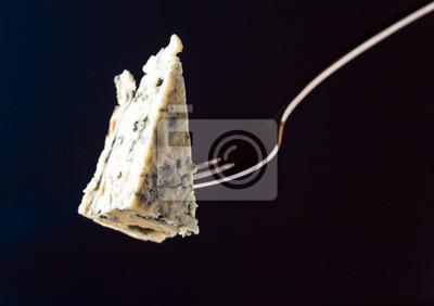 Сыр на вилке, 28x20 см, на бумагеСыр<br>Постер на холсте или бумаге. Любого нужного вам размера. В раме или без. Подвес в комплекте. Трехслойная надежная упаковка. Доставим в любую точку России. Вам осталось только повесить картину на стену!<br>
