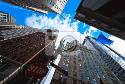 Постер Страны Небоскребы в Нижнем Манхэттене, Нью-Йорк, 30x20 см, на бумагеСША<br>Постер на холсте или бумаге. Любого нужного вам размера. В раме или без. Подвес в комплекте. Трехслойная надежная упаковка. Доставим в любую точку России. Вам осталось только повесить картину на стену!<br>