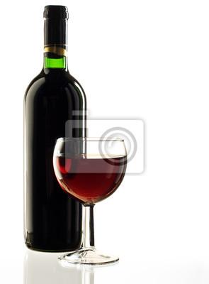 Постер Еда и напитки Красного вина, бутылку и стакан на белом фоне, 20x27 см, на бумагеВино<br>Постер на холсте или бумаге. Любого нужного вам размера. В раме или без. Подвес в комплекте. Трехслойная надежная упаковка. Доставим в любую точку России. Вам осталось только повесить картину на стену!<br>