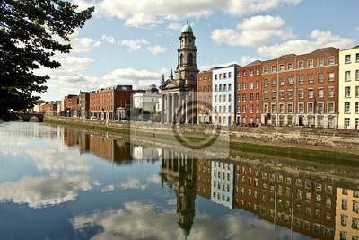 Постер Ирландия Река Лиффи в Дублин, ИрландияИрландия<br>Постер на холсте или бумаге. Любого нужного вам размера. В раме или без. Подвес в комплекте. Трехслойная надежная упаковка. Доставим в любую точку России. Вам осталось только повесить картину на стену!<br>