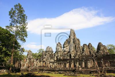 Постер Камбоджа Храм Байон, Ангкор район, Сием рип, КамбоджаКамбоджа<br>Постер на холсте или бумаге. Любого нужного вам размера. В раме или без. Подвес в комплекте. Трехслойная надежная упаковка. Доставим в любую точку России. Вам осталось только повесить картину на стену!<br>
