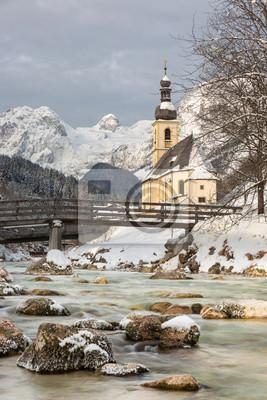 Постер Альпийский пейзаж Церковь с немецких Альп в Ramsau, БаварияАльпийский пейзаж<br>Постер на холсте или бумаге. Любого нужного вам размера. В раме или без. Подвес в комплекте. Трехслойная надежная упаковка. Доставим в любую точку России. Вам осталось только повесить картину на стену!<br>