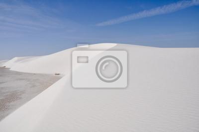 Постер Пейзаж песчаный Белые пески, Национальный Памятник, Нью-Мексико (США)Пейзаж песчаный<br>Постер на холсте или бумаге. Любого нужного вам размера. В раме или без. Подвес в комплекте. Трехслойная надежная упаковка. Доставим в любую точку России. Вам осталось только повесить картину на стену!<br>