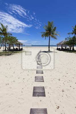 Постер Малайзия Тропический пляж отдых на острове Борнео.Малайзия<br>Постер на холсте или бумаге. Любого нужного вам размера. В раме или без. Подвес в комплекте. Трехслойная надежная упаковка. Доставим в любую точку России. Вам осталось только повесить картину на стену!<br>