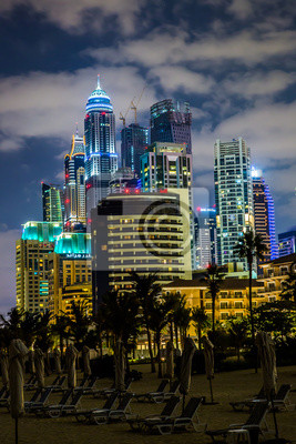 Постер Страны Cityscape Dubai Marina, ОАЭ, 20x30 см, на бумагеОАЭ<br>Постер на холсте или бумаге. Любого нужного вам размера. В раме или без. Подвес в комплекте. Трехслойная надежная упаковка. Доставим в любую точку России. Вам осталось только повесить картину на стену!<br>