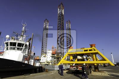 Постер Дания Offshore drilling rig в гавани Эсбьерг, ДанияДания<br>Постер на холсте или бумаге. Любого нужного вам размера. В раме или без. Подвес в комплекте. Трехслойная надежная упаковка. Доставим в любую точку России. Вам осталось только повесить картину на стену!<br>