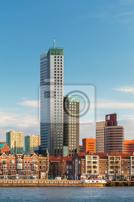 Постер Голландия Роттердам skyline с домов и небоскребов в НидерландахГолландия<br>Постер на холсте или бумаге. Любого нужного вам размера. В раме или без. Подвес в комплекте. Трехслойная надежная упаковка. Доставим в любую точку России. Вам осталось только повесить картину на стену!<br>