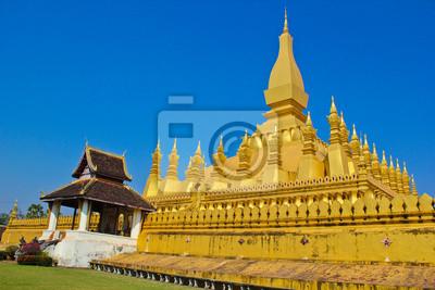 Постер Лаос Golden royal pagodaЛаос<br>Постер на холсте или бумаге. Любого нужного вам размера. В раме или без. Подвес в комплекте. Трехслойная надежная упаковка. Доставим в любую точку России. Вам осталось только повесить картину на стену!<br>