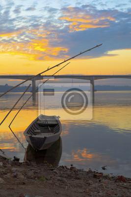 Постер Лаос Рыбацкие лодки на Реке МеконгЛаос<br>Постер на холсте или бумаге. Любого нужного вам размера. В раме или без. Подвес в комплекте. Трехслойная надежная упаковка. Доставим в любую точку России. Вам осталось только повесить картину на стену!<br>