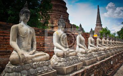 Постер Индия Древний Будда в аюттхае провинции ТаиландаИндия<br>Постер на холсте или бумаге. Любого нужного вам размера. В раме или без. Подвес в комплекте. Трехслойная надежная упаковка. Доставим в любую точку России. Вам осталось только повесить картину на стену!<br>