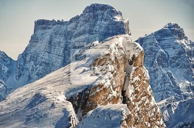 Доломиты огромная панорама в зимнее время снег, 30x20 см, на бумагеАльпийский пейзаж<br>Постер на холсте или бумаге. Любого нужного вам размера. В раме или без. Подвес в комплекте. Трехслойная надежная упаковка. Доставим в любую точку России. Вам осталось только повесить картину на стену!<br>