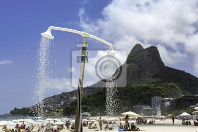 Постер Бразилия Пляж Ипанема в Рио-де-ЖанейроБразилия<br>Постер на холсте или бумаге. Любого нужного вам размера. В раме или без. Подвес в комплекте. Трехслойная надежная упаковка. Доставим в любую точку России. Вам осталось только повесить картину на стену!<br>
