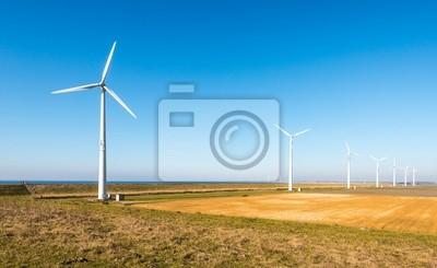 Постер Нидерланды Ряд современных ветровых турбин в сельской местности,Нидерланды<br>Постер на холсте или бумаге. Любого нужного вам размера. В раме или без. Подвес в комплекте. Трехслойная надежная упаковка. Доставим в любую точку России. Вам осталось только повесить картину на стену!<br>