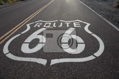 Постер Пейзаж песчаный Route 66Пейзаж песчаный<br>Постер на холсте или бумаге. Любого нужного вам размера. В раме или без. Подвес в комплекте. Трехслойная надежная упаковка. Доставим в любую точку России. Вам осталось только повесить картину на стену!<br>