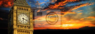 Постер Англия Биг-Бен на закат, панорама, ЛондонАнглия<br>Постер на холсте или бумаге. Любого нужного вам размера. В раме или без. Подвес в комплекте. Трехслойная надежная упаковка. Доставим в любую точку России. Вам осталось только повесить картину на стену!<br>