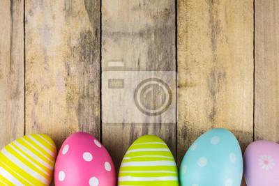 Постер 05.05 Пасха Крашеные пасхальные яйца на деревянный фон05.05 Пасха<br>Постер на холсте или бумаге. Любого нужного вам размера. В раме или без. Подвес в комплекте. Трехслойная надежная упаковка. Доставим в любую точку России. Вам осталось только повесить картину на стену!<br>