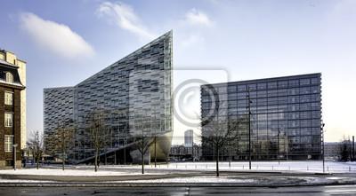 Постер Дания Копенгаген офисных зданий, ДанияДания<br>Постер на холсте или бумаге. Любого нужного вам размера. В раме или без. Подвес в комплекте. Трехслойная надежная упаковка. Доставим в любую точку России. Вам осталось только повесить картину на стену!<br>