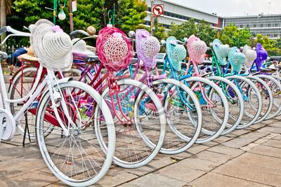 Постер Индонезия Индонезийский велосипеды напрокат в Джакарте, Индонезия.Индонезия<br>Постер на холсте или бумаге. Любого нужного вам размера. В раме или без. Подвес в комплекте. Трехслойная надежная упаковка. Доставим в любую точку России. Вам осталось только повесить картину на стену!<br>