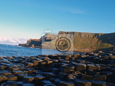 Постер Ирландия Giants CausewayИрландия<br>Постер на холсте или бумаге. Любого нужного вам размера. В раме или без. Подвес в комплекте. Трехслойная надежная упаковка. Доставим в любую точку России. Вам осталось только повесить картину на стену!<br>