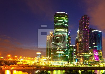 Постер Москва-Сити Московский бизнес-центр в ночьМосква-Сити<br>Постер на холсте или бумаге. Любого нужного вам размера. В раме или без. Подвес в комплекте. Трехслойная надежная упаковка. Доставим в любую точку России. Вам осталось только повесить картину на стену!<br>