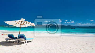 Постер Пейзаж морской Потрясающие Карибского пляжаПейзаж морской<br>Постер на холсте или бумаге. Любого нужного вам размера. В раме или без. Подвес в комплекте. Трехслойная надежная упаковка. Доставим в любую точку России. Вам осталось только повесить картину на стену!<br>