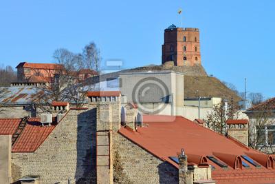Туристическая достопримечательность в Вильнюсе, Литва - Башня Гедиминаса, 30x20 см, на бумагеЛитва<br>Постер на холсте или бумаге. Любого нужного вам размера. В раме или без. Подвес в комплекте. Трехслойная надежная упаковка. Доставим в любую точку России. Вам осталось только повесить картину на стену!<br>