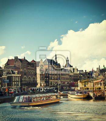 Постер Нидерланды Амстердам каналыНидерланды<br>Постер на холсте или бумаге. Любого нужного вам размера. В раме или без. Подвес в комплекте. Трехслойная надежная упаковка. Доставим в любую точку России. Вам осталось только повесить картину на стену!<br>