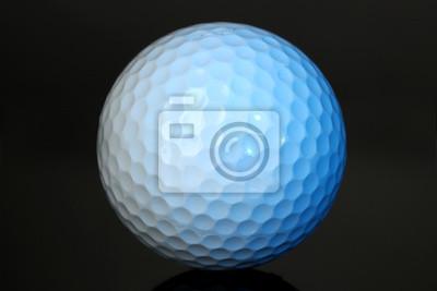 Постер Гольф Мяч для гольфа на сером фонеГольф<br>Постер на холсте или бумаге. Любого нужного вам размера. В раме или без. Подвес в комплекте. Трехслойная надежная упаковка. Доставим в любую точку России. Вам осталось только повесить картину на стену!<br>