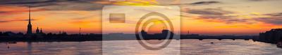 """Постер Санкт-Петербург """"Панорамный вид на Неву в рассвет"""""""