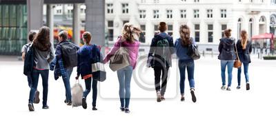 Постер Постер 53297896, 40x20 см, на бумагеПанорамные виды городов (улицы, люди, машины)<br>Постер на холсте или бумаге. Любого нужного вам размера. В раме или без. Подвес в комплекте. Трехслойная надежная упаковка. Доставим в любую точку России. Вам осталось только повесить картину на стену!<br>